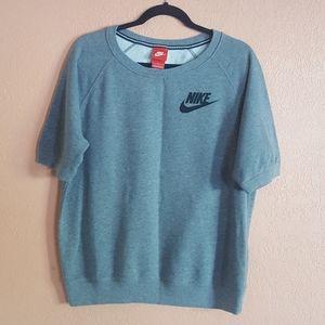 Nike | Sweatshirt short sleeve size L